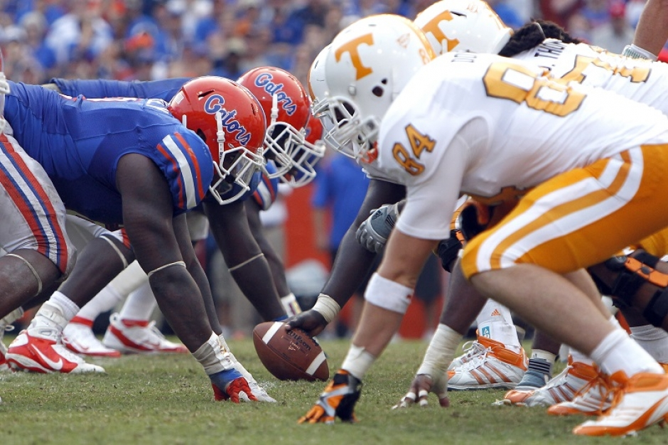 Florida_Gators_Tennessee_Volunteers_TimCasey_2011-940-wplok